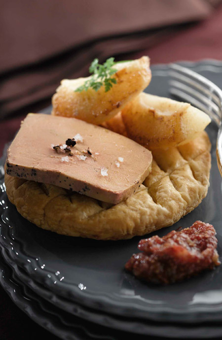 Tarte fine foie gras et poires