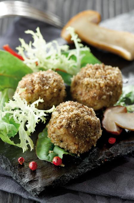 Truffes de foie gras en salade