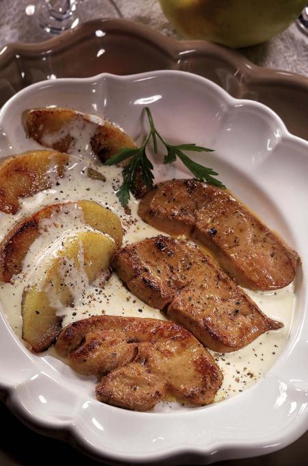 Escalopes de foie gras aux pommes